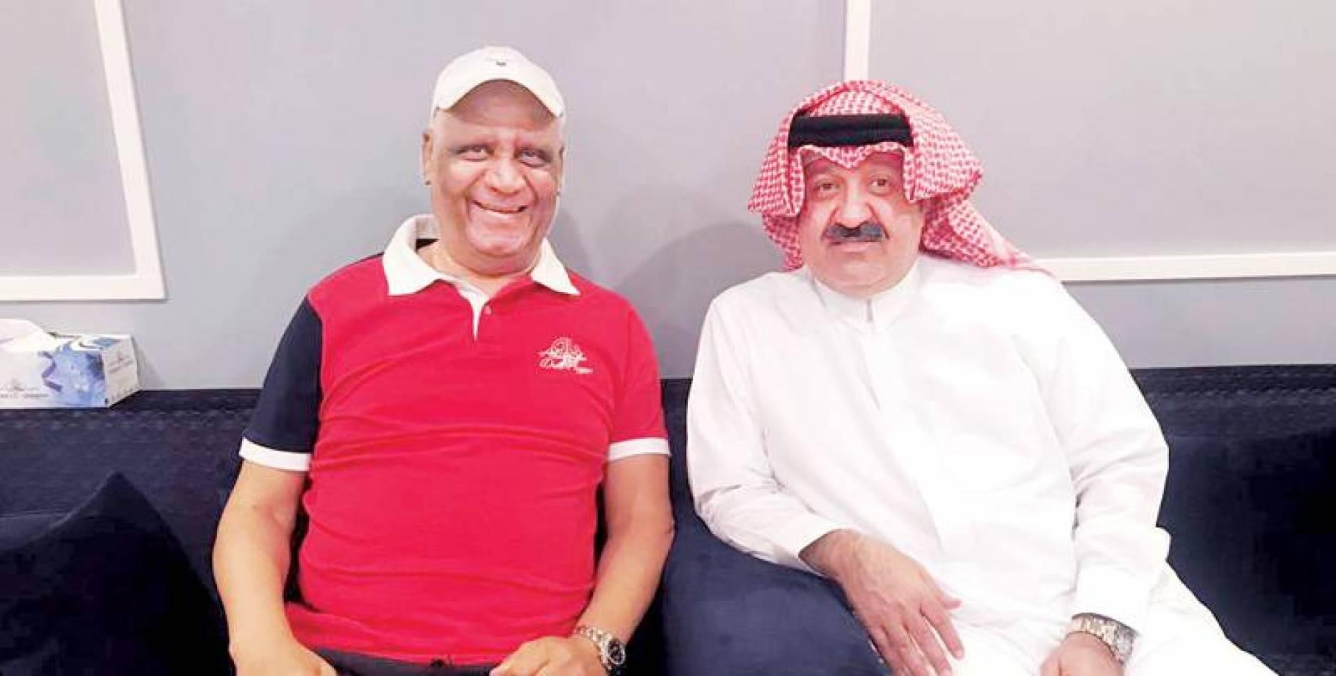 أحمد اليوسف خلال زيارته لفتحي كميل