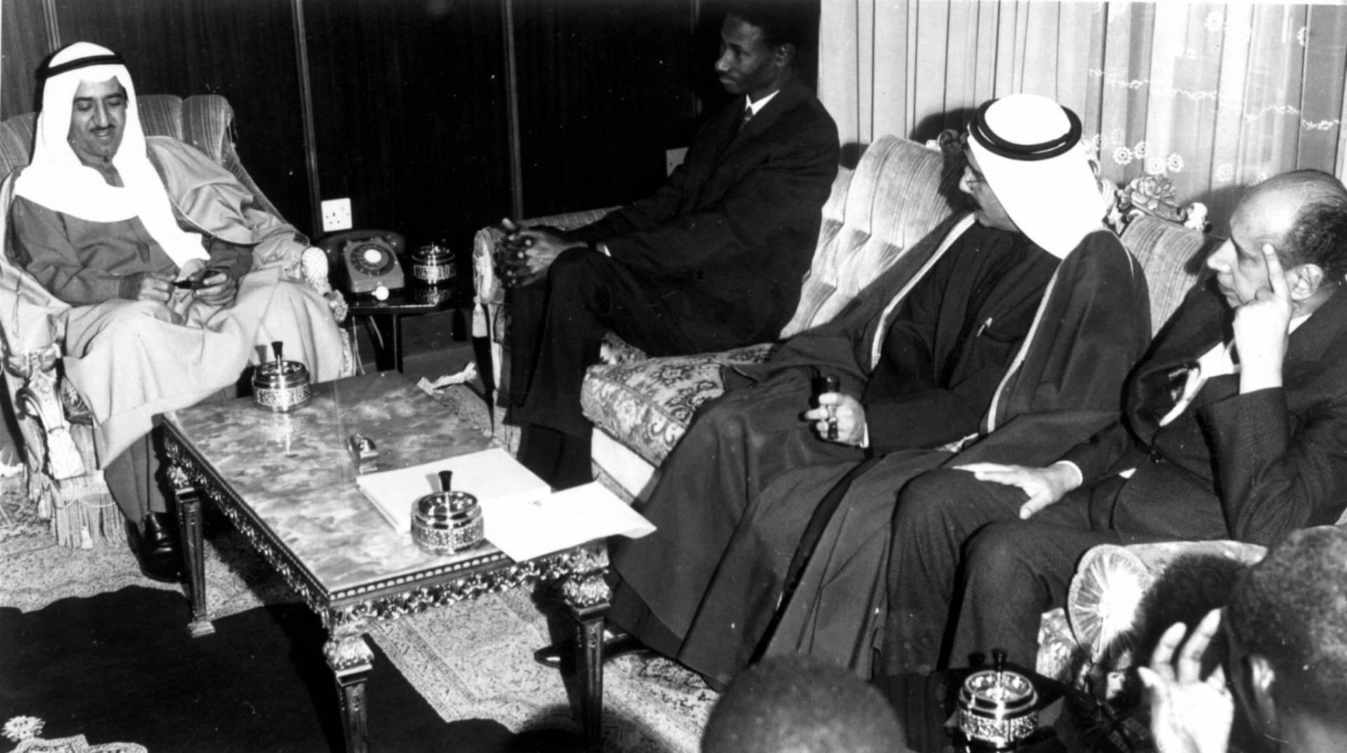 لقاء رئيس وزراء السنغال عبده ديوف والشيخ صباح الأحمد.. صورة أرشيفية