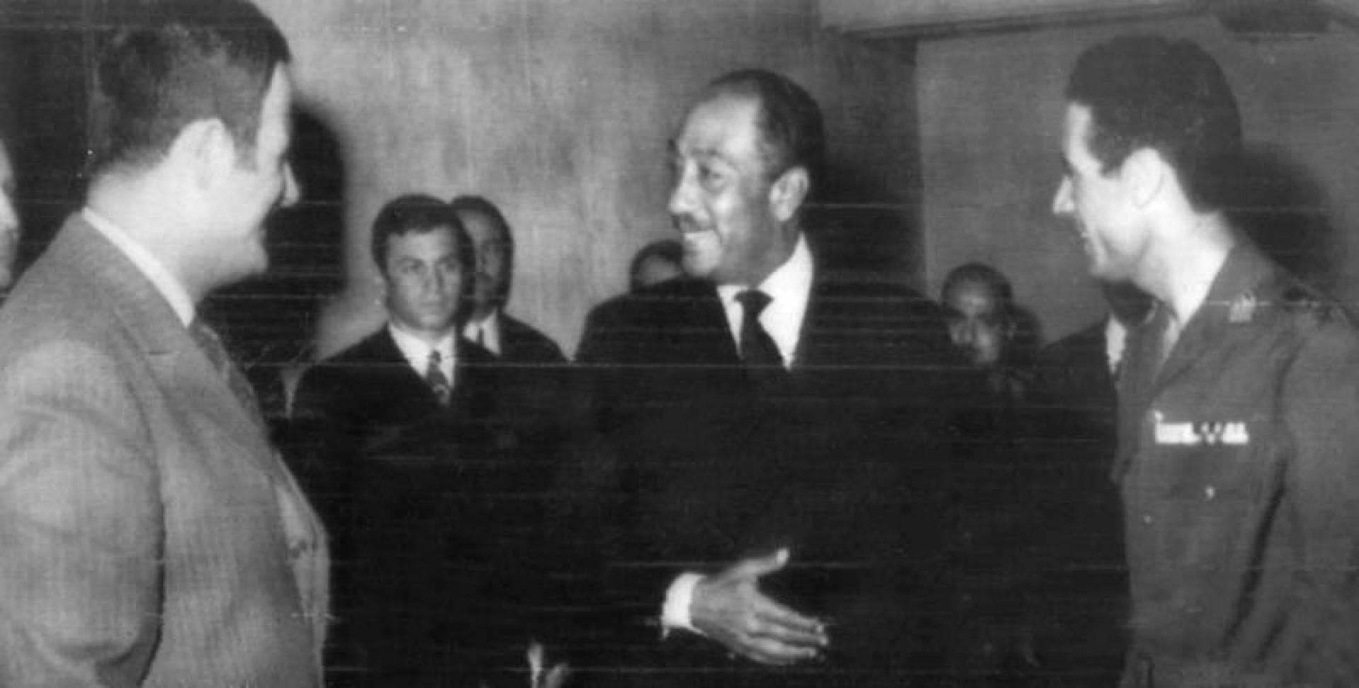 1972| السادات والأسد والقذافي يبحثون دعم الجبهة العربية