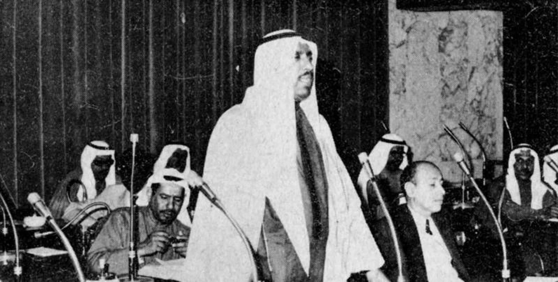 الشيخ سعد العبدالله خلال جلسة مجلس الأمة.. صورة أرشيفية