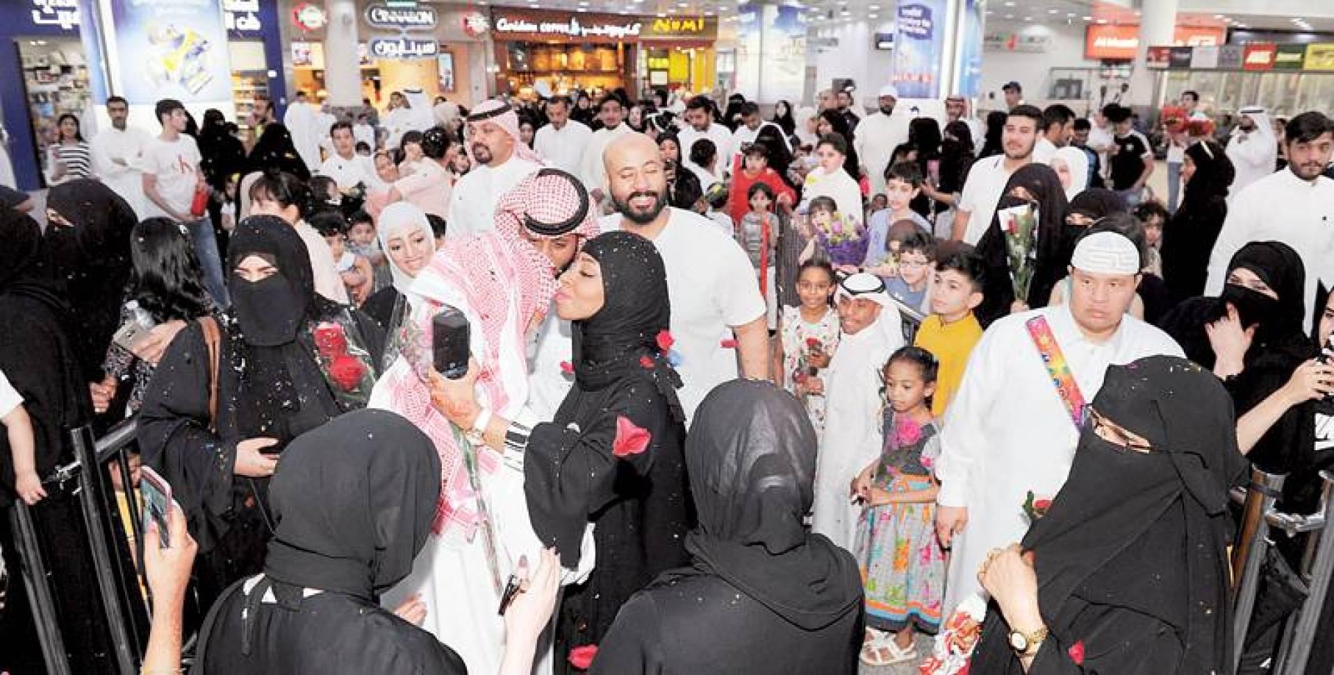 فرحة الأهالي في استقبال الحجاج | تصوير أحمد سرور