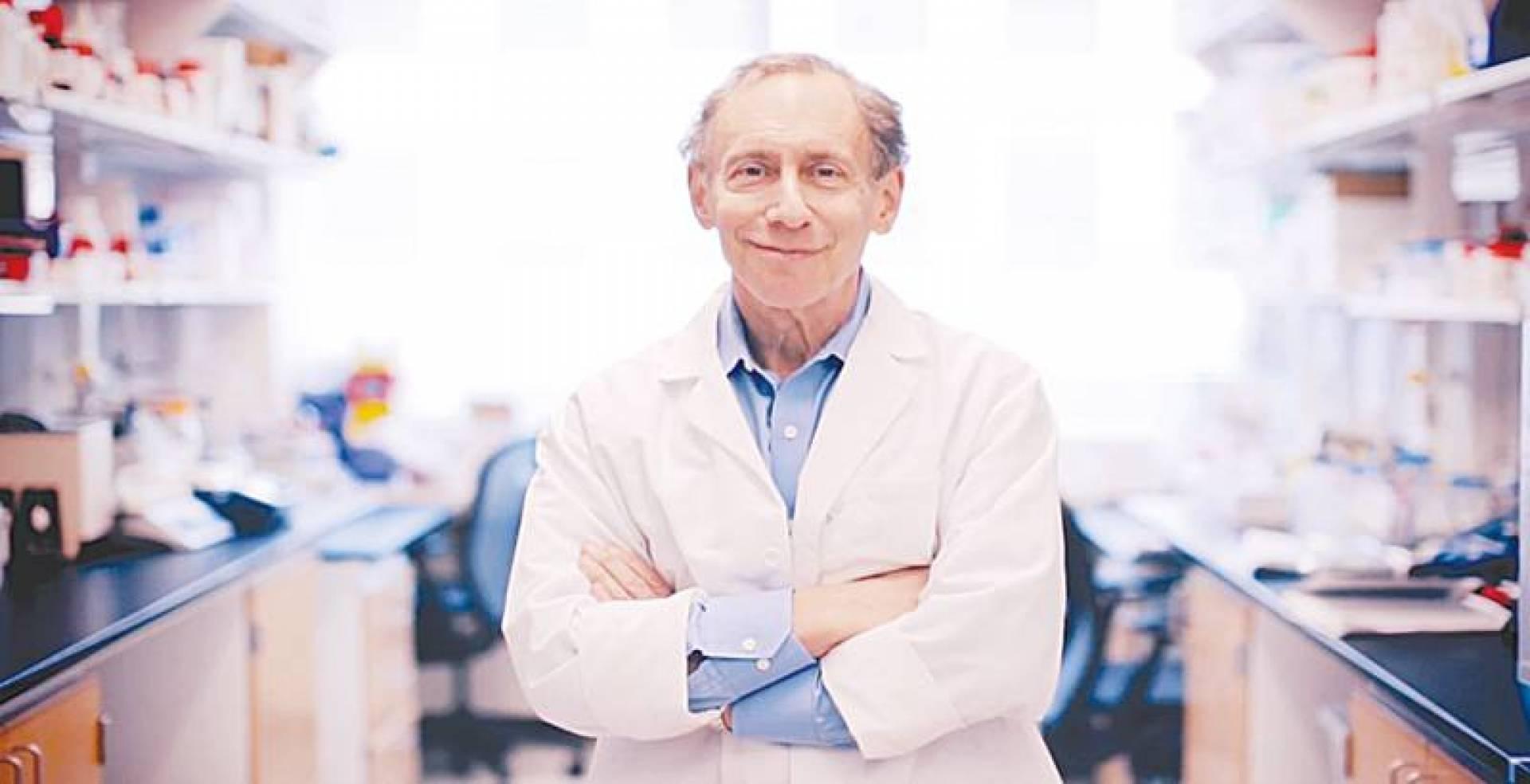 د. روبرت لانجر: ابتكار خلايا المناعة «السوبر» أحدث ثورة في علاج السرطان