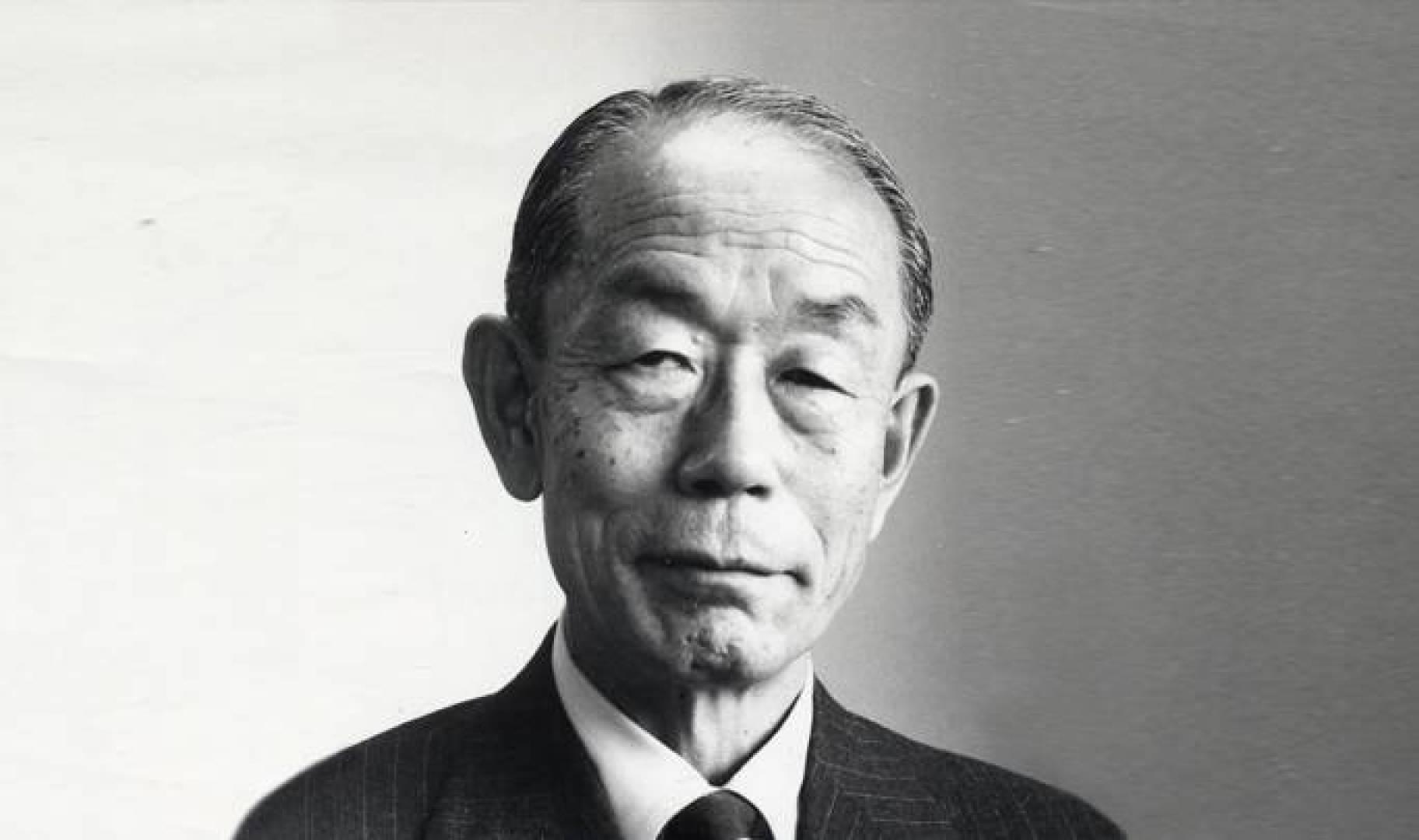 تاكيو فوكودا وزير خارجية اليابان.. صورة أرشيفية