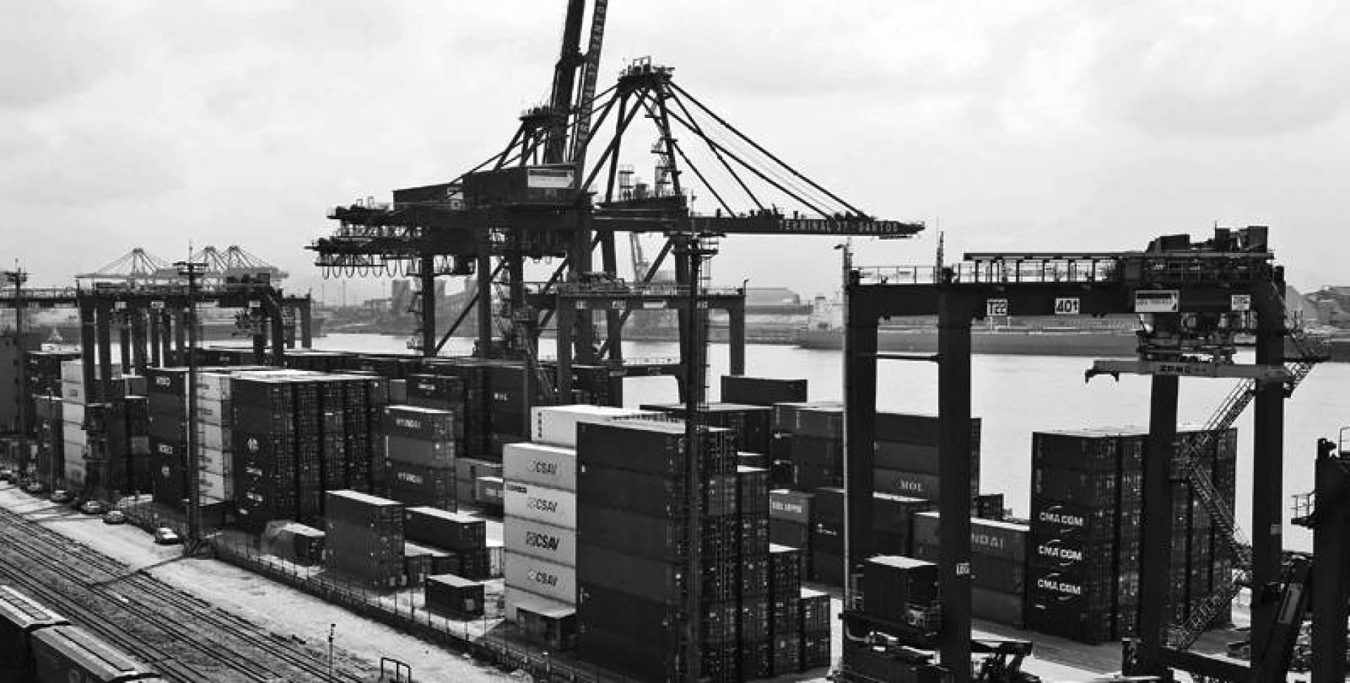صورة عامة للميناء في مدينة سانتوس بولاية ساو باولو البرازيلية.. أرشيفية