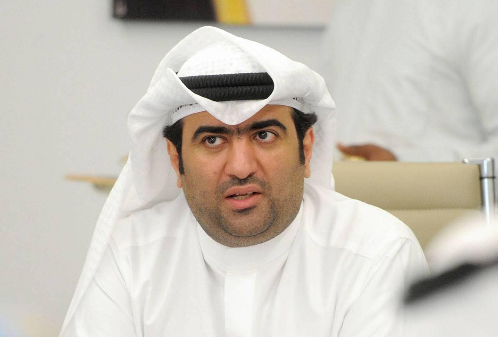 وزير «الخدمات» يرفع المستوى الأمني للمرافق المينائية إلى المستوى 2