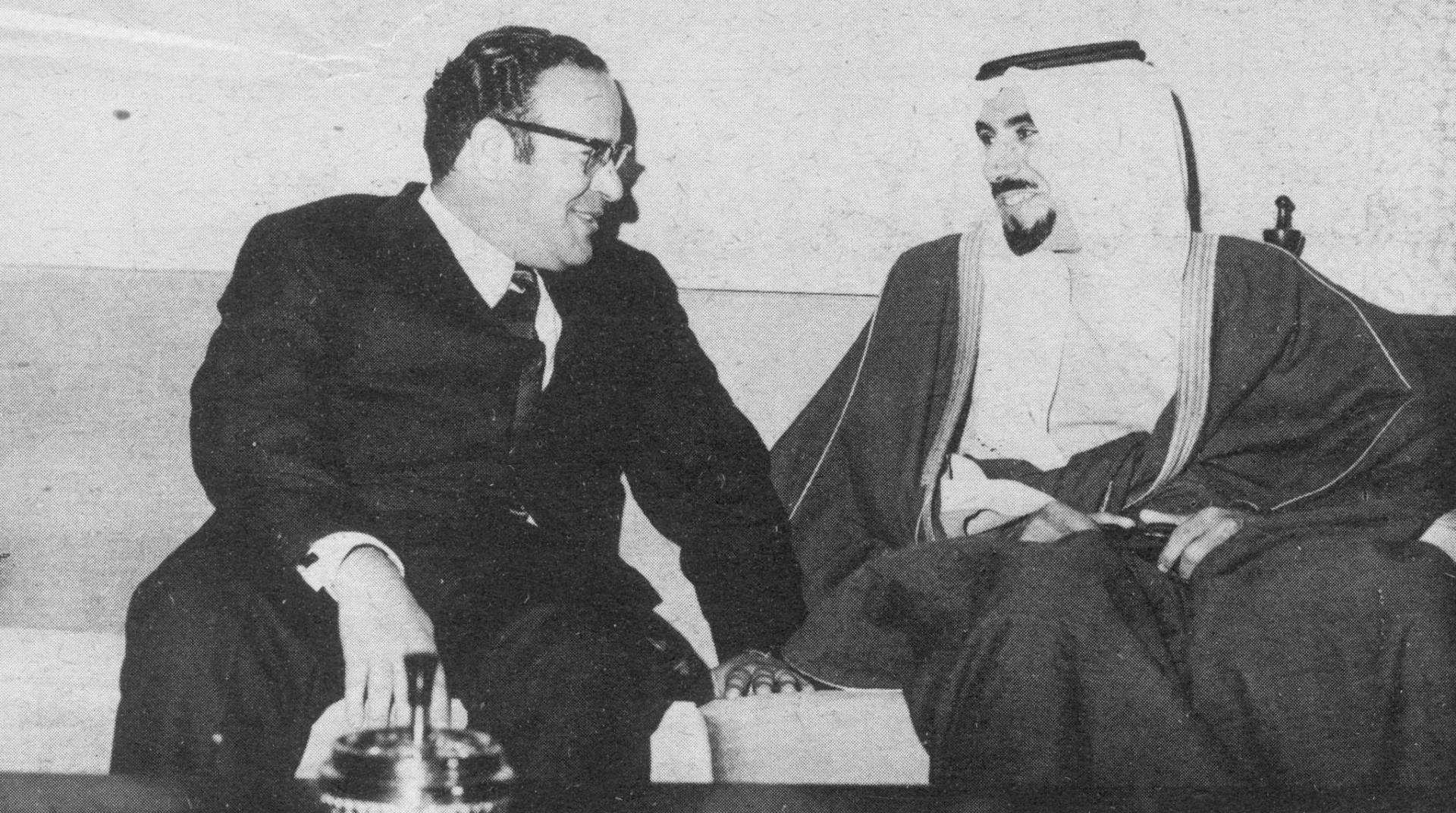 الشيخ جابر الأحمد في حديث لدى وصول رئيس الوزراء اليمني الدكتور محسن العيني
