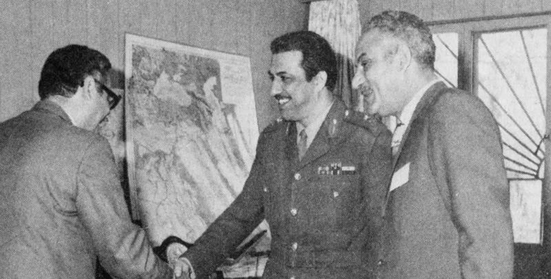 اللواء صالح محمد الصباح لدى استقباله الوفد العسكري المصري