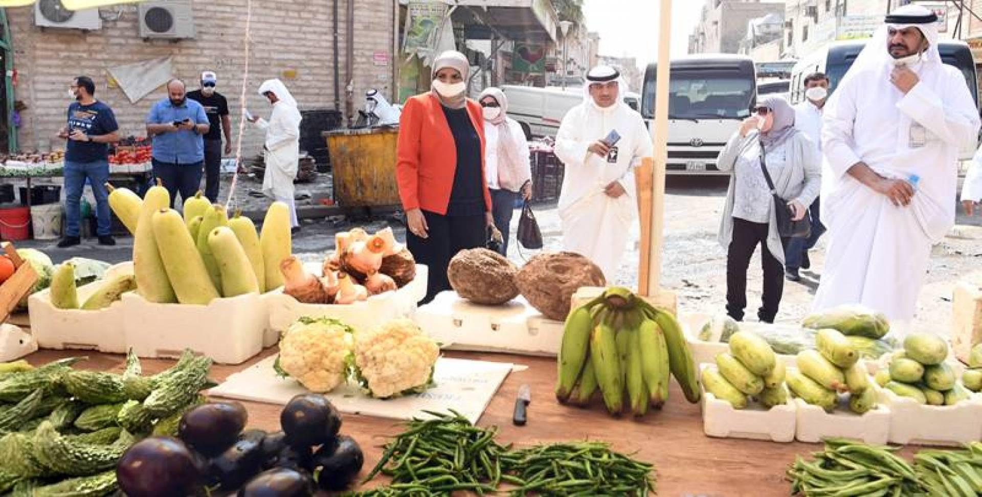 سوق خضار في «شارع الحرامية» !