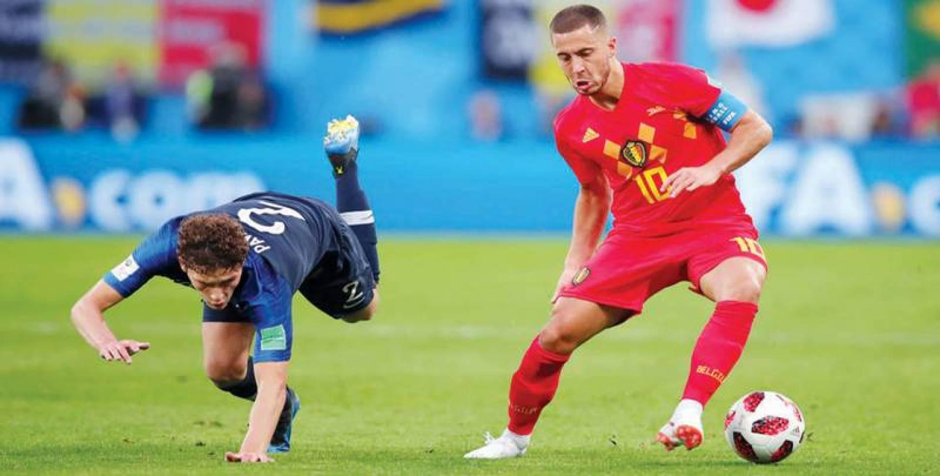 إدين هازارد (لليمين) يعود لتشكيلة المنتخب البلجيكي