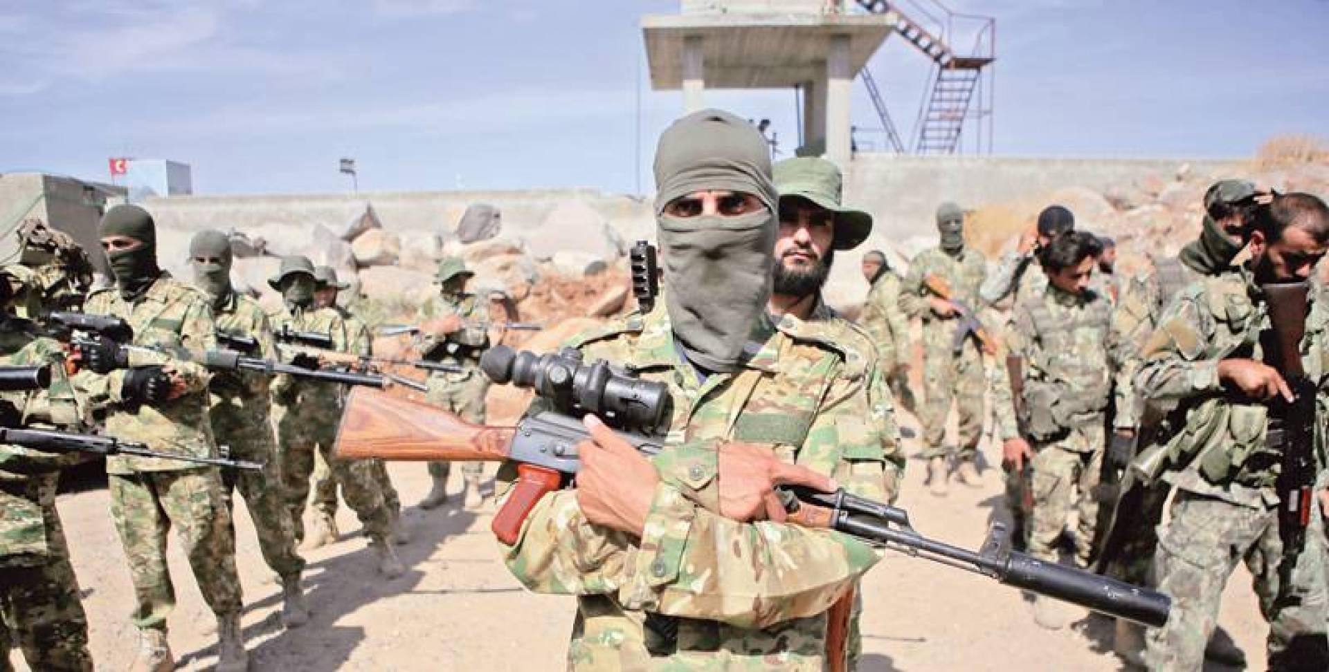 أعداد كبيرة من عناصر «الجيش الوطني السوري» إلى خطوط الجبهة مع مدينة منبج | الأناضول