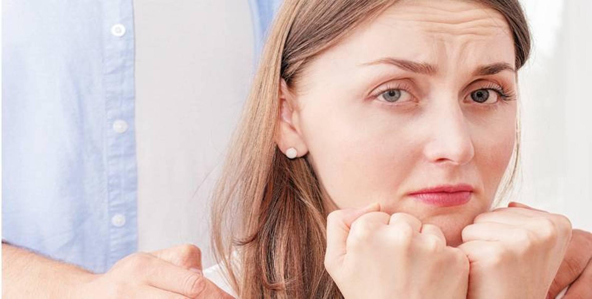 النساء اللائي يعملن لساعات طويلة معرَّضات للاكتئاب.. بنسبة أعلى من الرجال