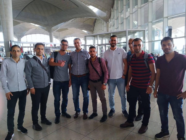 الدفعة الأولى من المعلمين الفلسطينيين تصل إلى الكويت اليوم