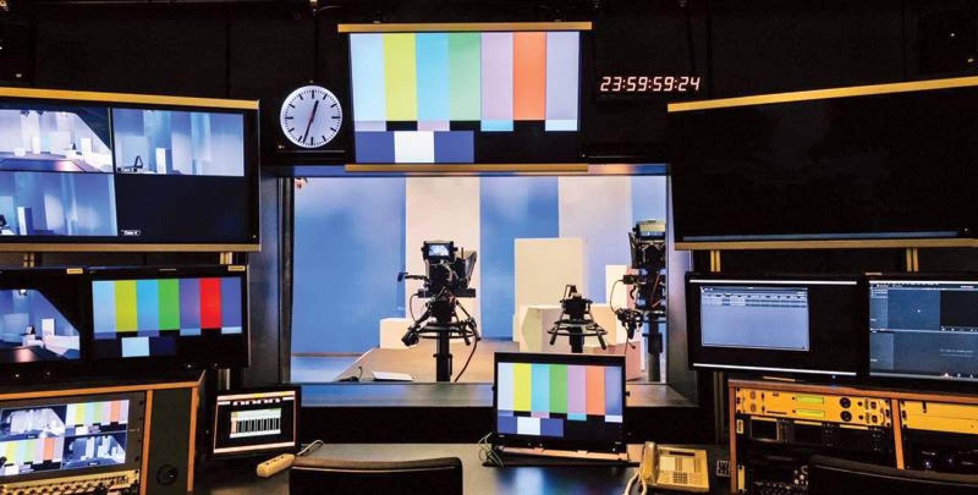 المجموعة الجديدة ستنتج مسلسلات شهيرة مثل بلاك ميرور