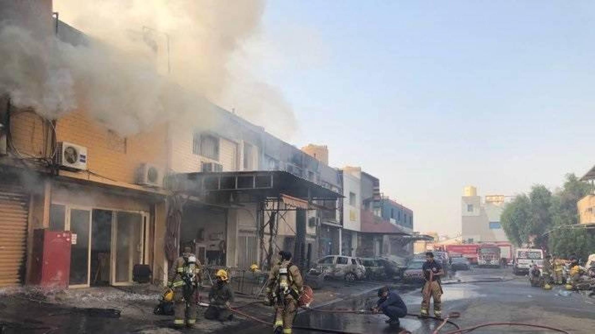 3 قتلى في حريق مصنع زيوت