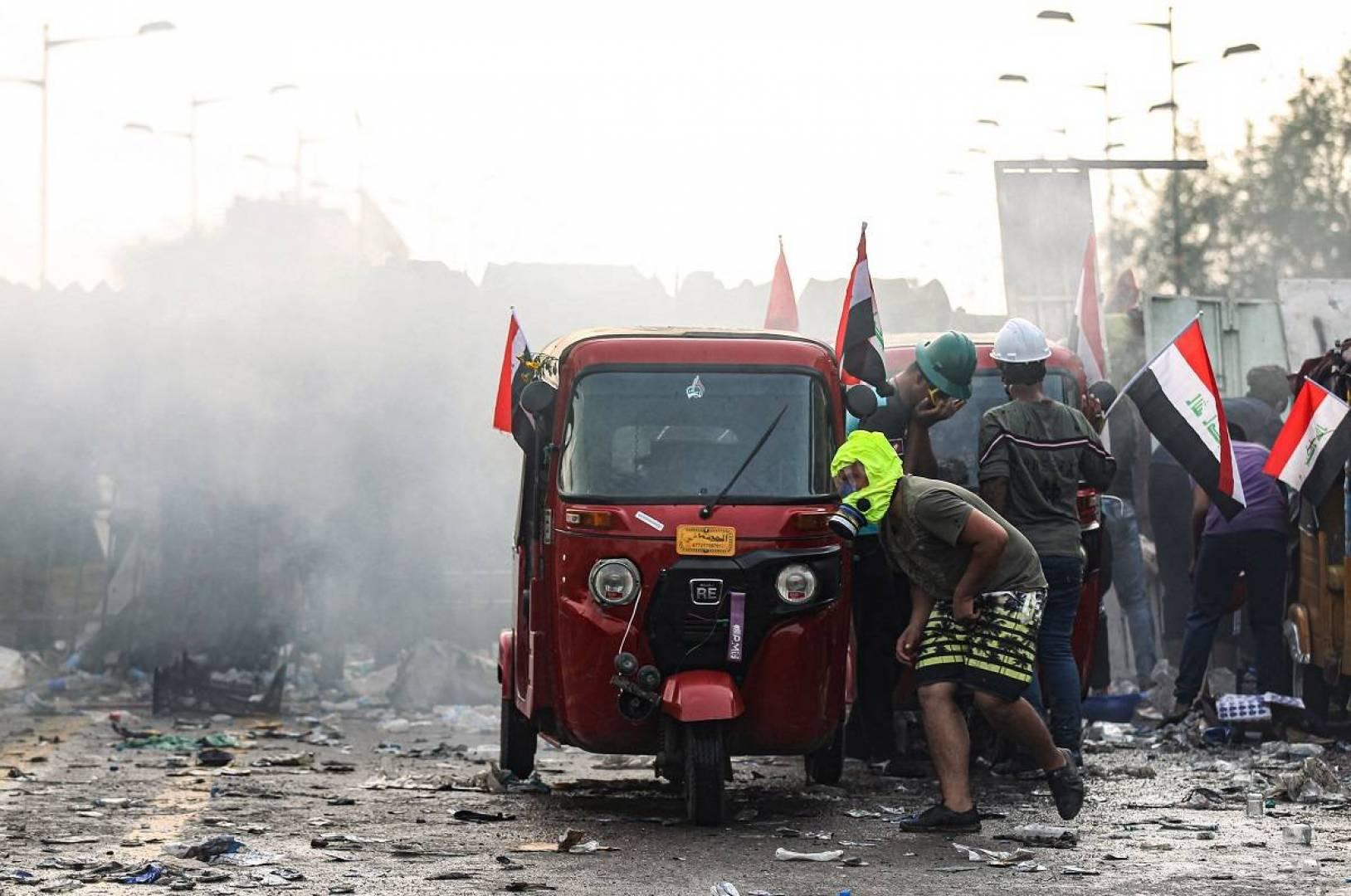 مقتل 4 محتجين برصاص قوات الأمن في البصرة جنوب العراق