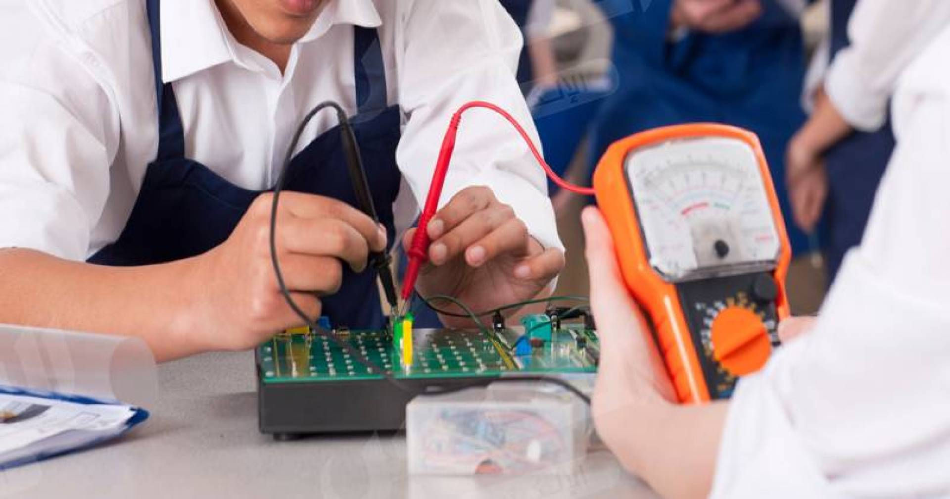 تعليم تقني وصناعي وتجاري في الثانويات.. قريباً