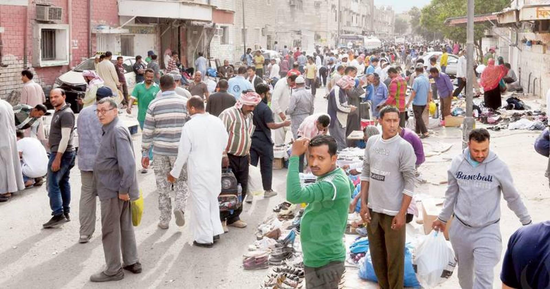 هاجس الرحيل يسيطر على عزاب الجليب | تصوير حسني هلال