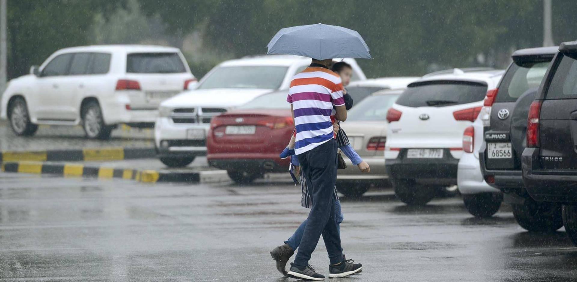 أمطار الخير تنهمر على الكويت