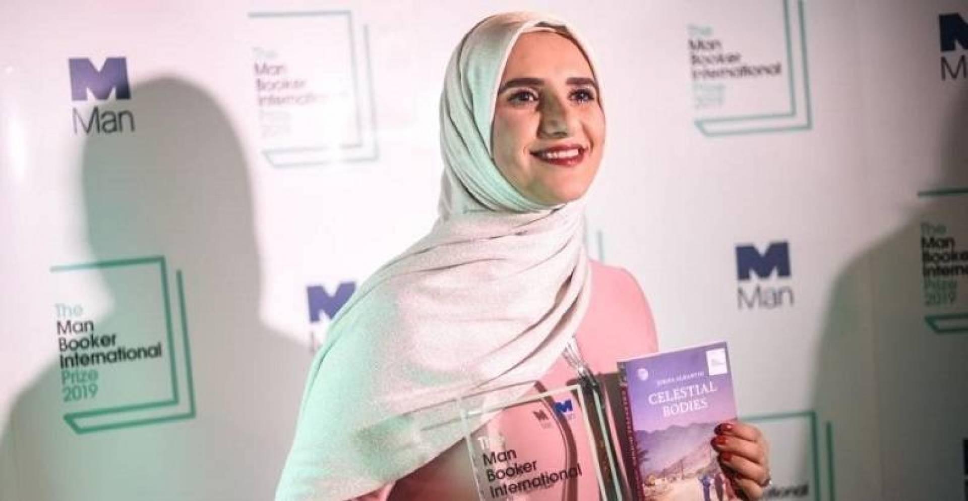 نيويورك تايمز تنشر مراجعة لأول رواية عربية تفوز بجائزة بوكر الدولية