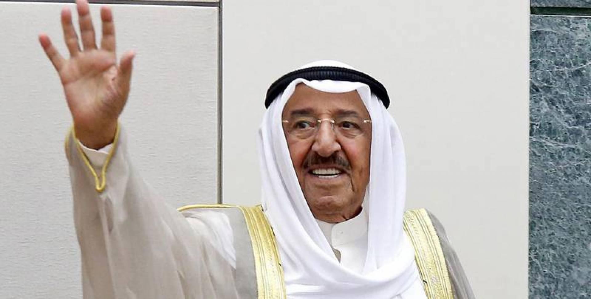 الأمير إلى القمة الخليجية في السعودية اليوم