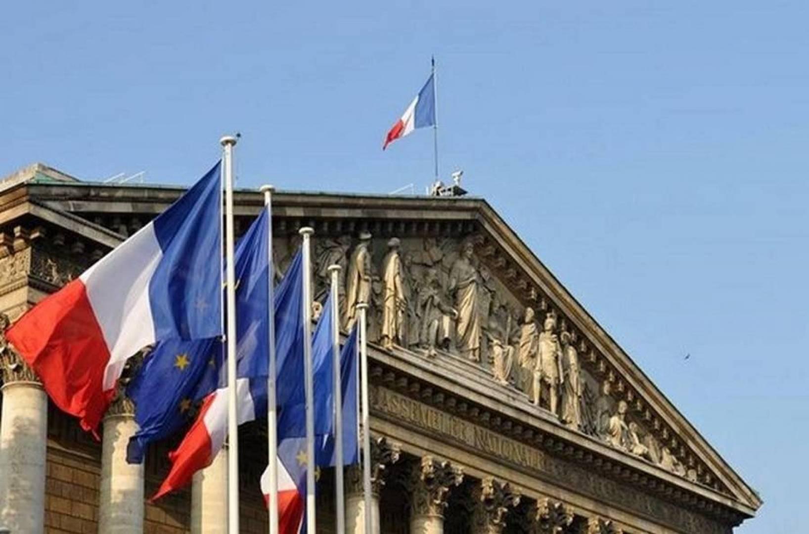 باريس تستدعي السفير الإيراني