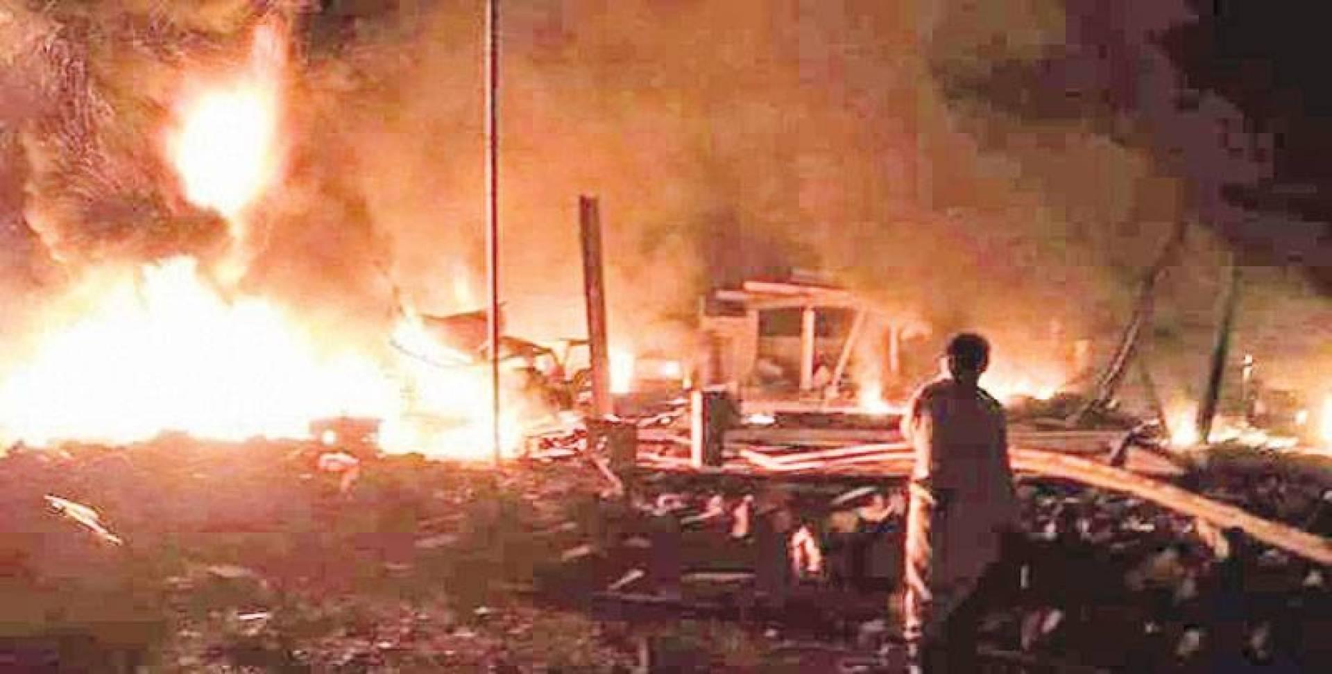 صورة للهجوم على معسكر الميل في مأرب ليل السبت | انترنت