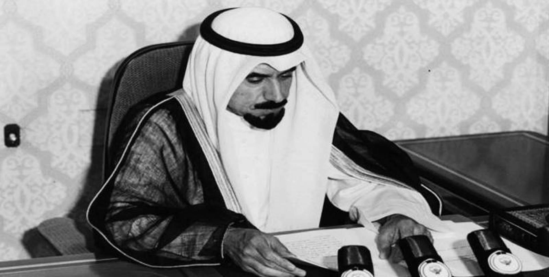 سمو أمير البلاد الشيخ جابر الأحمد الصباح يحيي الشعب على صموده في وجه الإرهاب
