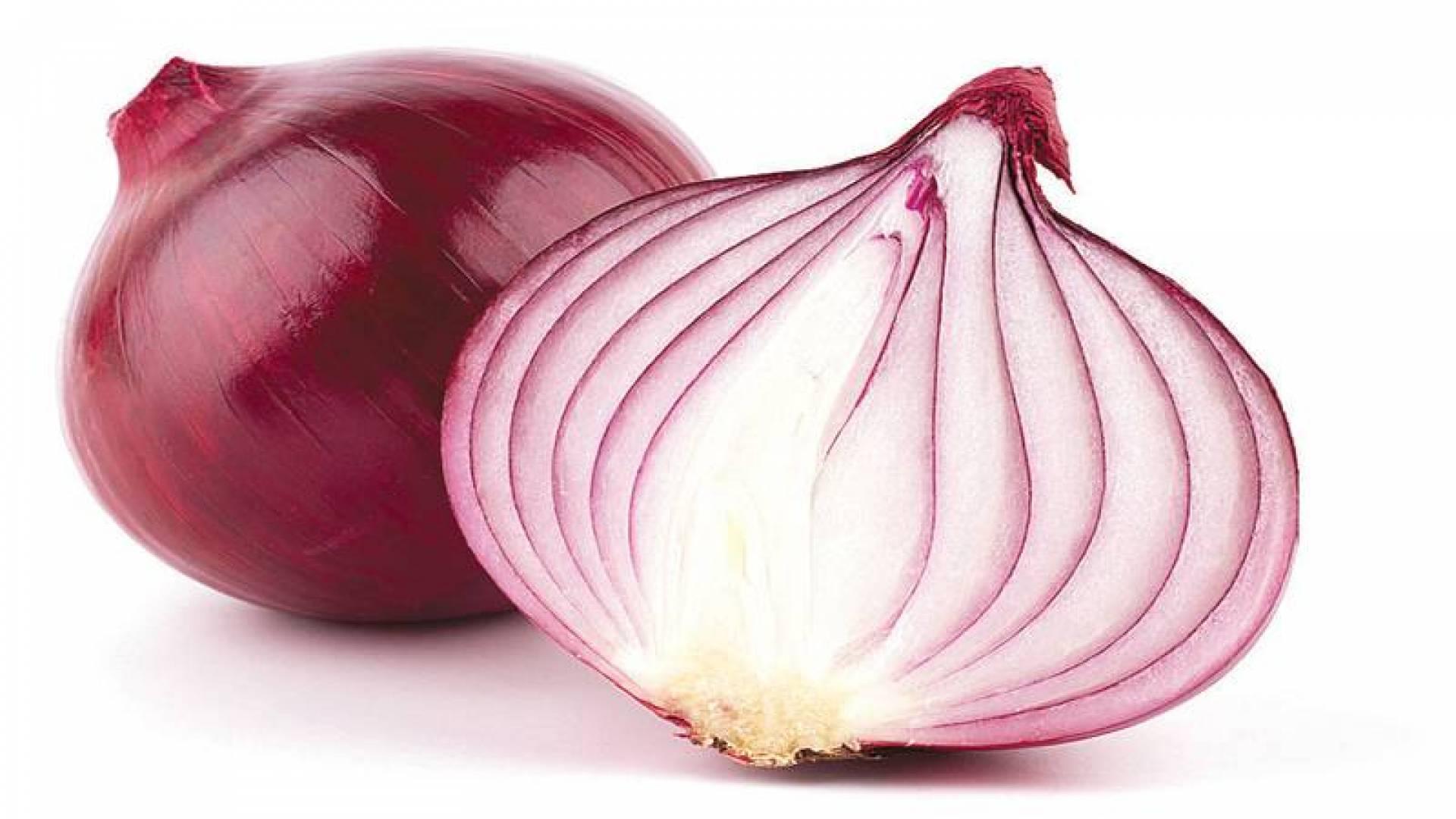 «الكيرسيتين».. في الفواكه والبصل يحارب أمراض القلب