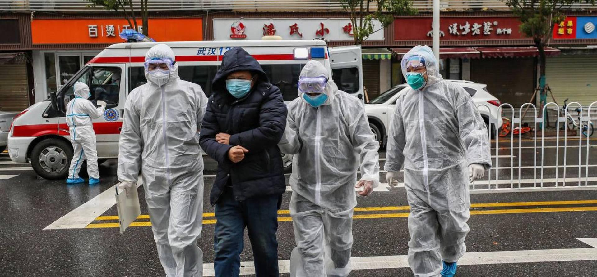 الصين: عدد المصابين بفيروس كورونا أكثر من 9 آلاف