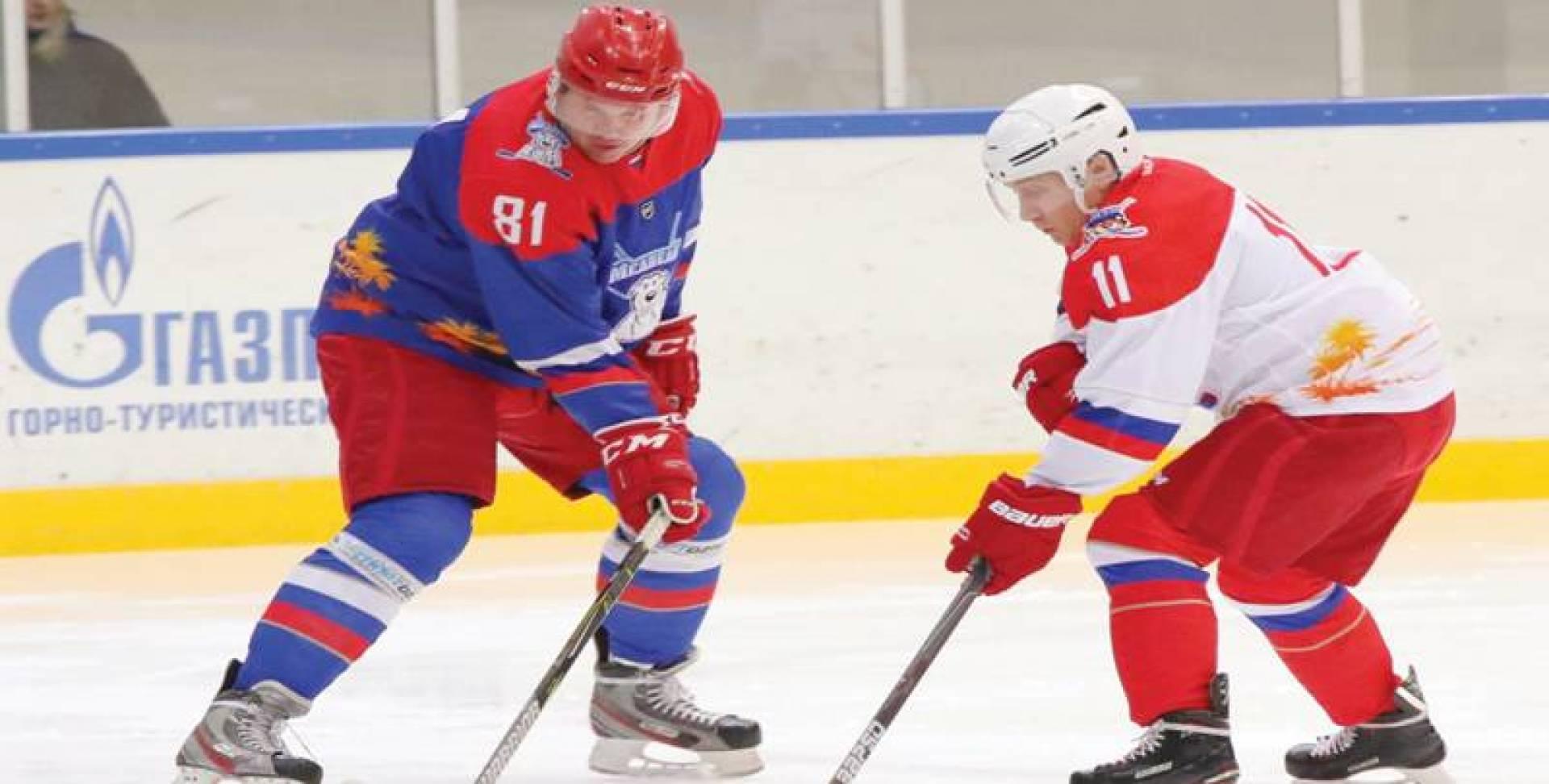 بوتين خلال مشاركته في المباراة