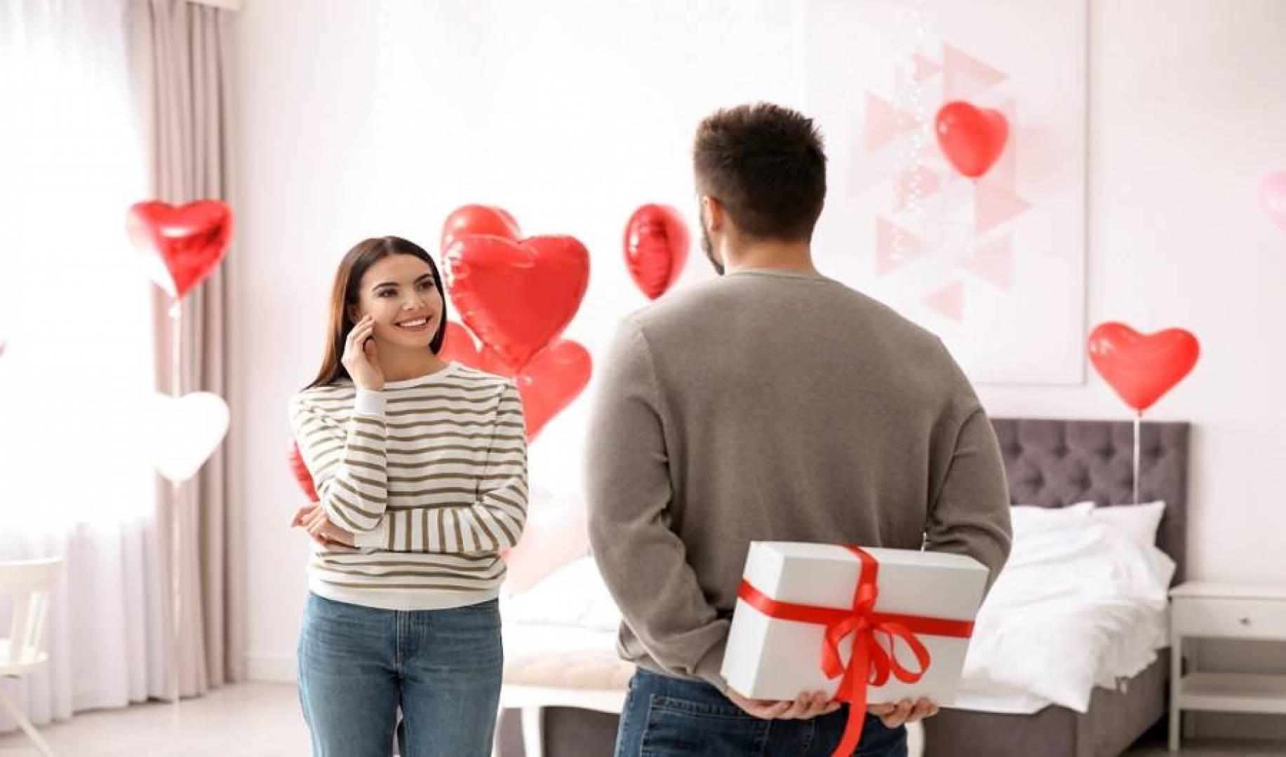 1.2 مليار دولار إنفاق البريطانيين على «عيد الحب»