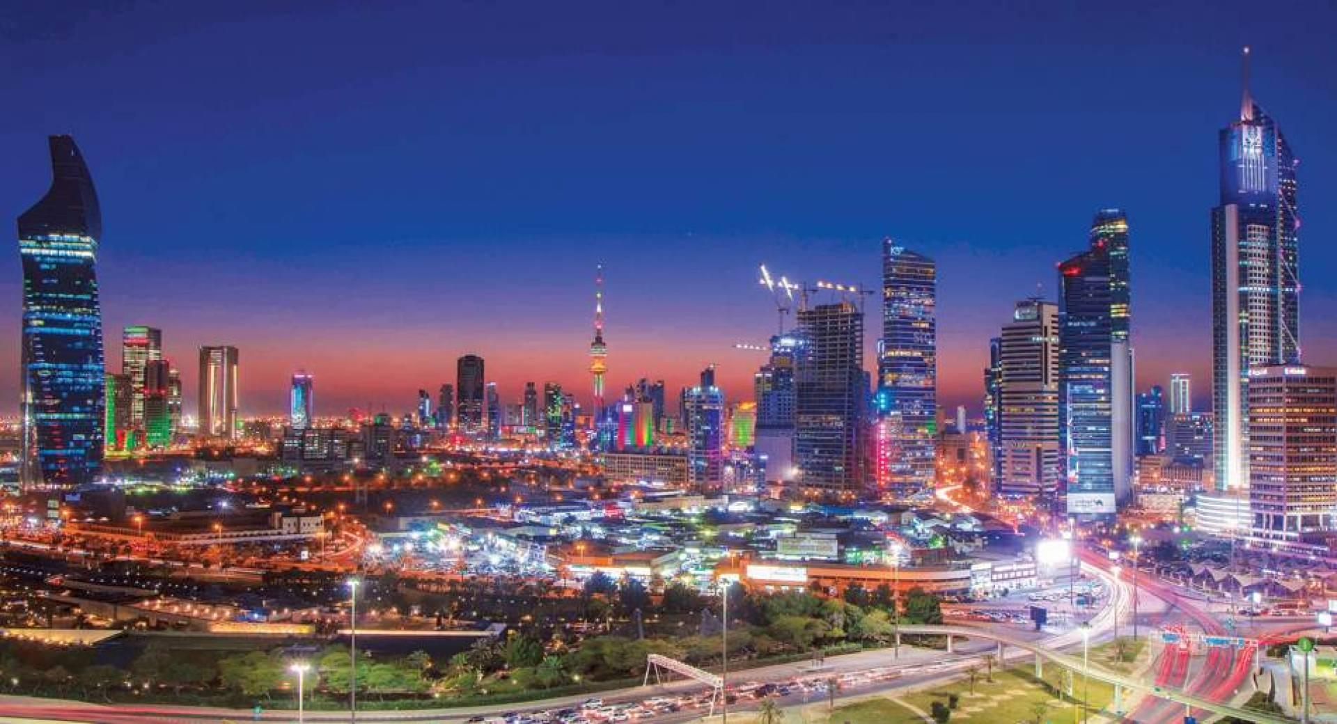 الكويت تزدهي بأنوار الأعياد  | تصوير محمود الفوريكي