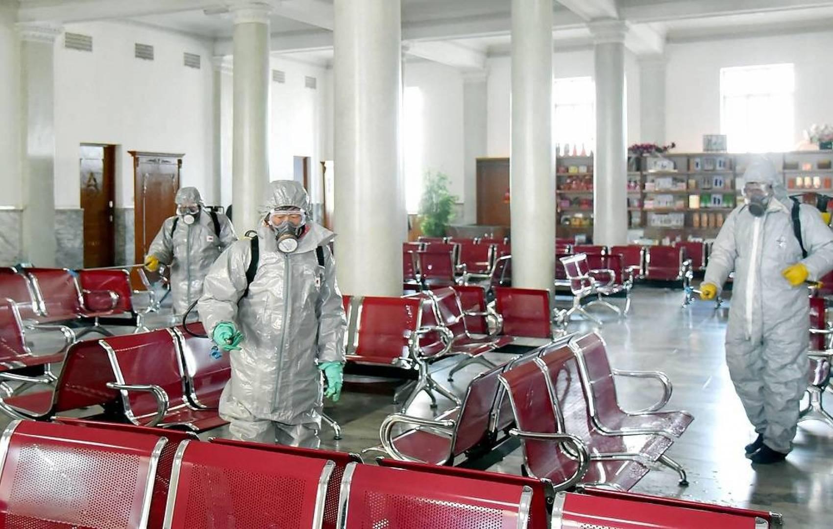 «كورونا» يهدد 30 مليون عامل نظافة صيني بفقدان وظائفهم