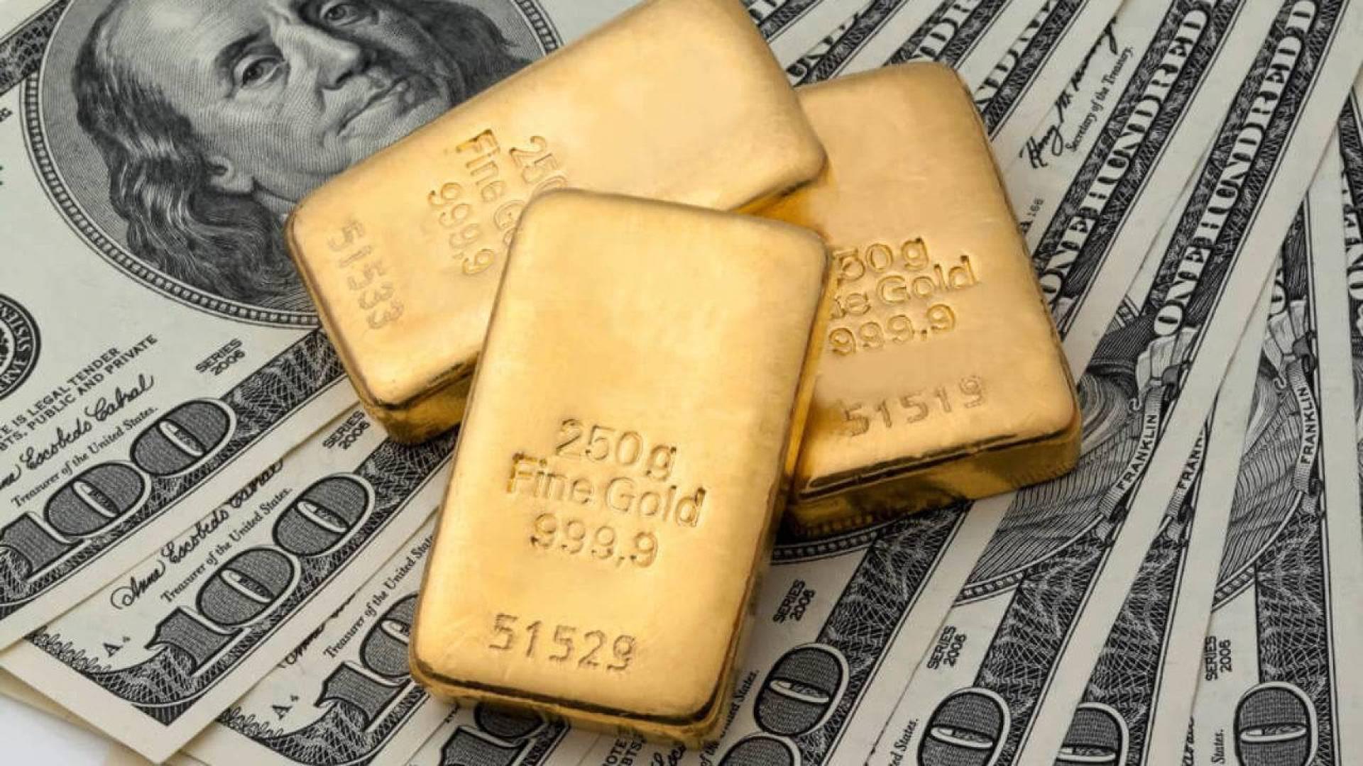 الذهب يتراجع مع صعود الأسهم.. على الرغم من مخاوف كورونا