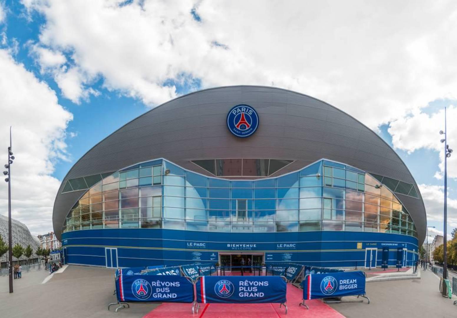 تقرير: «باريس سان جيرمان» النادي الأقوى مالياً في كرة القدم.. عالمياً