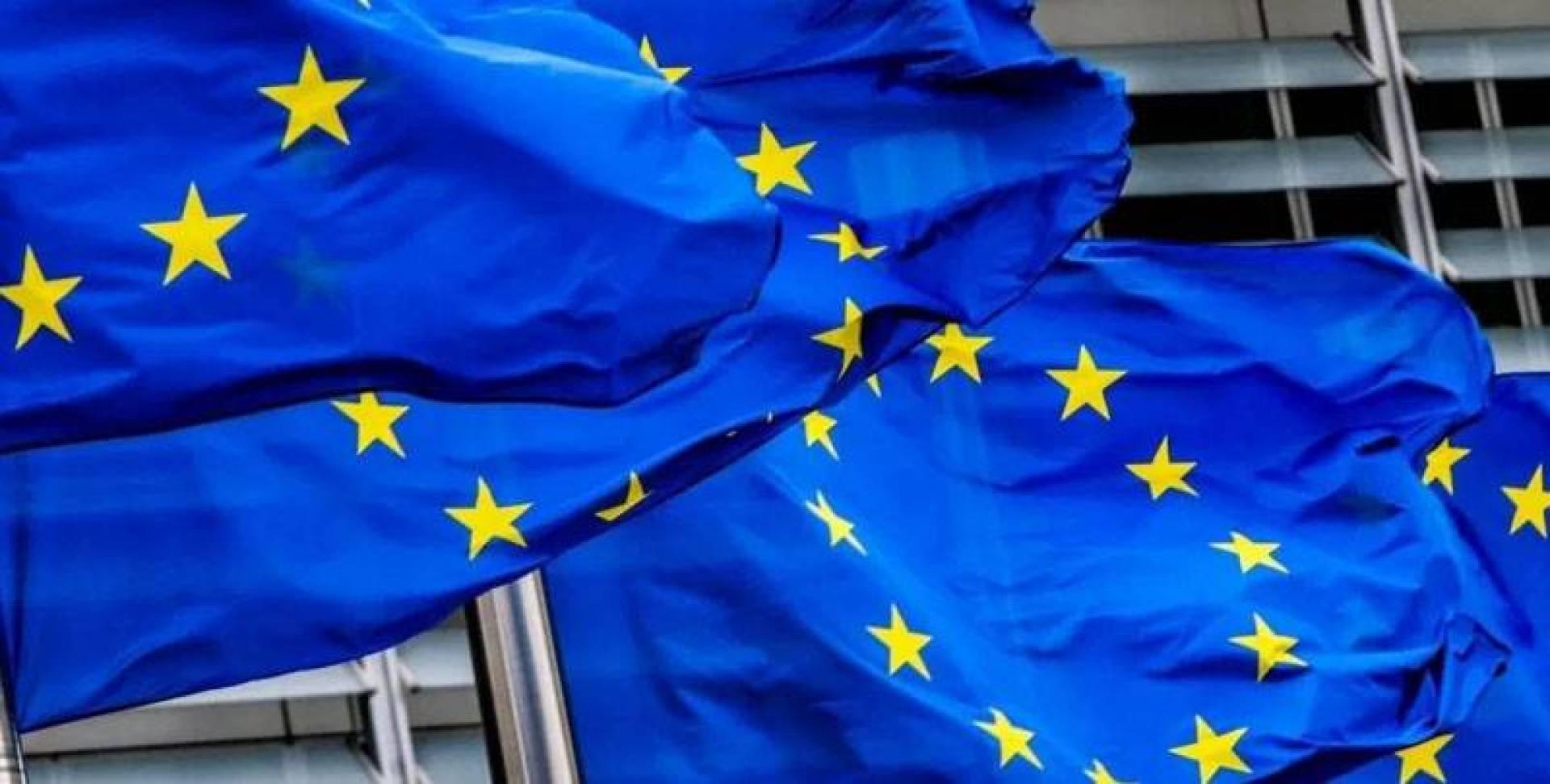 «الأوروبي» يضيف 8 رجال أعمال وكيانين إلى قائمة العقوبات على سوريا