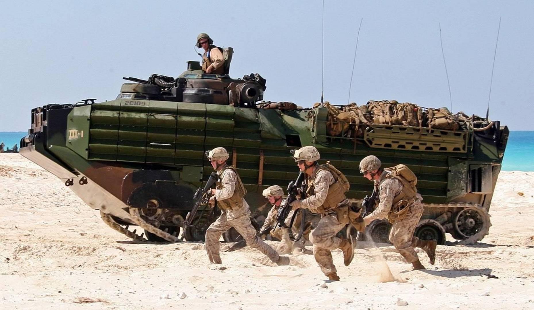 مناورات بحرية بين القوات السعودية و الأميركية في الخليج العربي الأسبوع المقبل