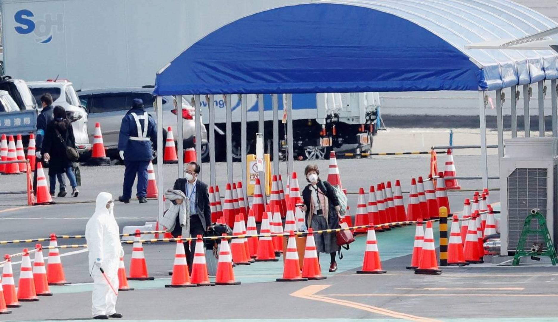 اليابان: ركاب السفينة السياحية «دايموند برينسيس» يبدأون في مغادرتها