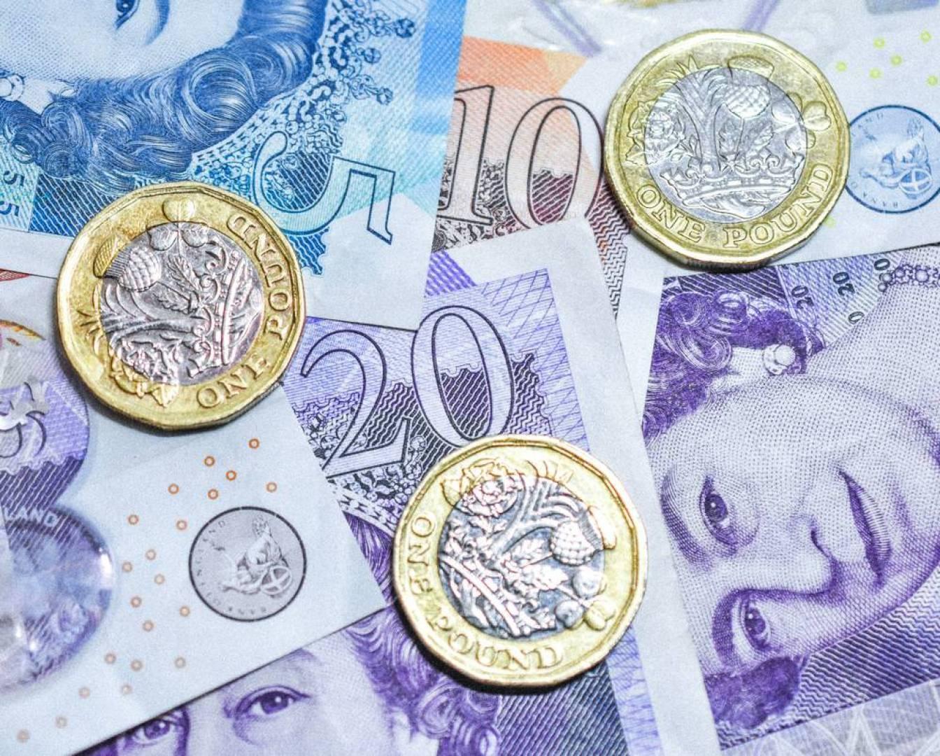 لأول مرة في تاريخها.. بريطانيا ستحوّل 40 مليار جنيه إلى سماد زراعي!