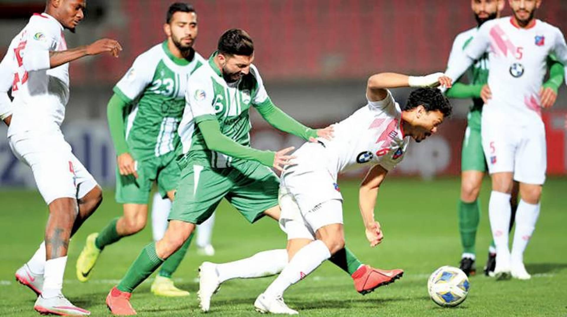 جانب من لقاء الكويت والأنصار السابق في البطولة