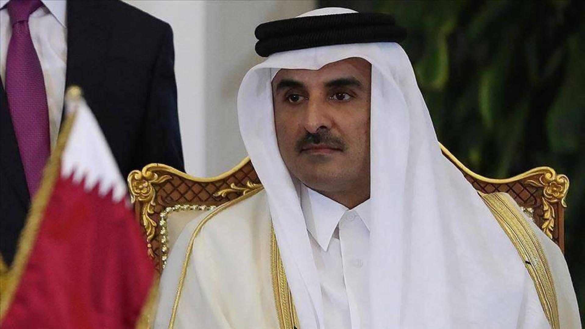 أمير قطر يوجه بإجلاء القطريين والكويتيين من إيران بسبب «كورونا»