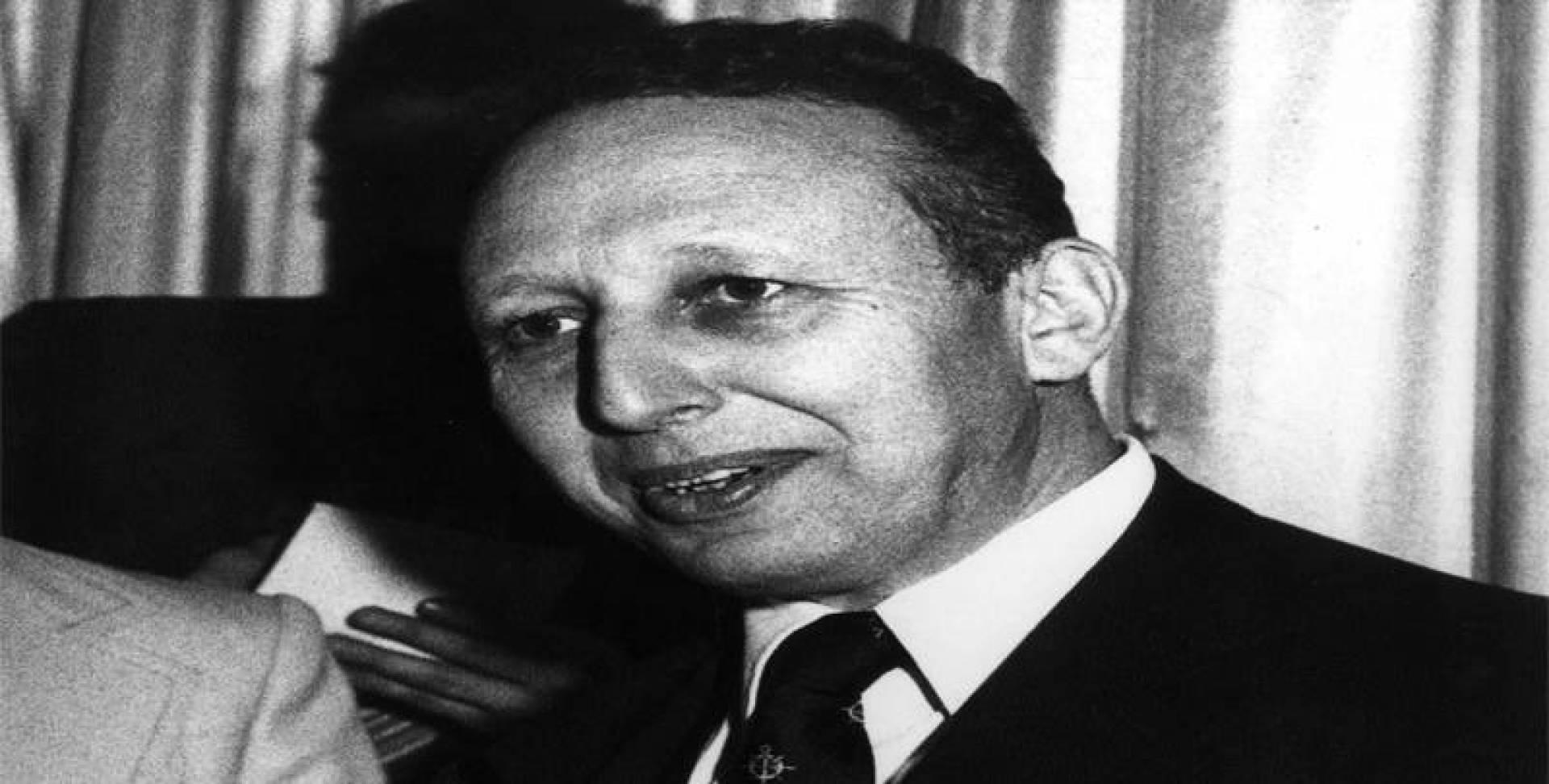 بلعيد عبدالسلام وزير الطاقة الجزائري.. أرشيفية