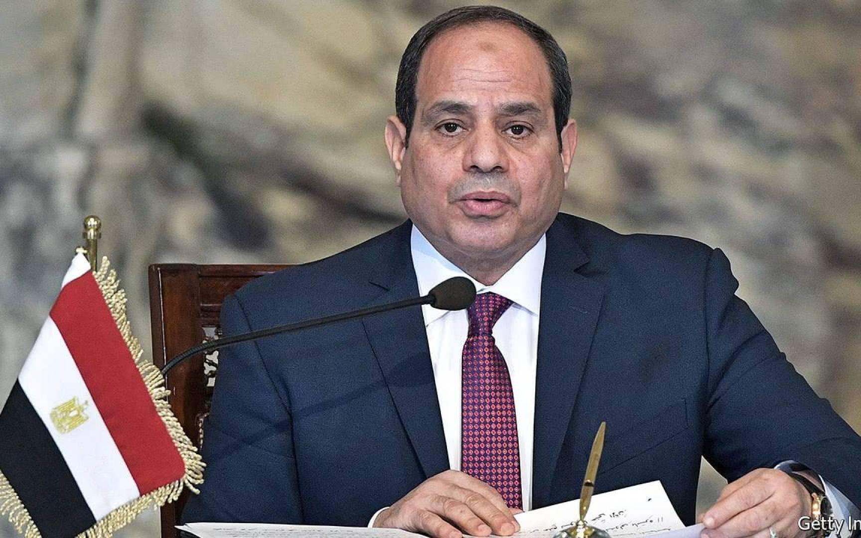 السيسي: الحكومة المصرية ستتكفل بمصاريف الحجر الصحي للعائدين من الخارج