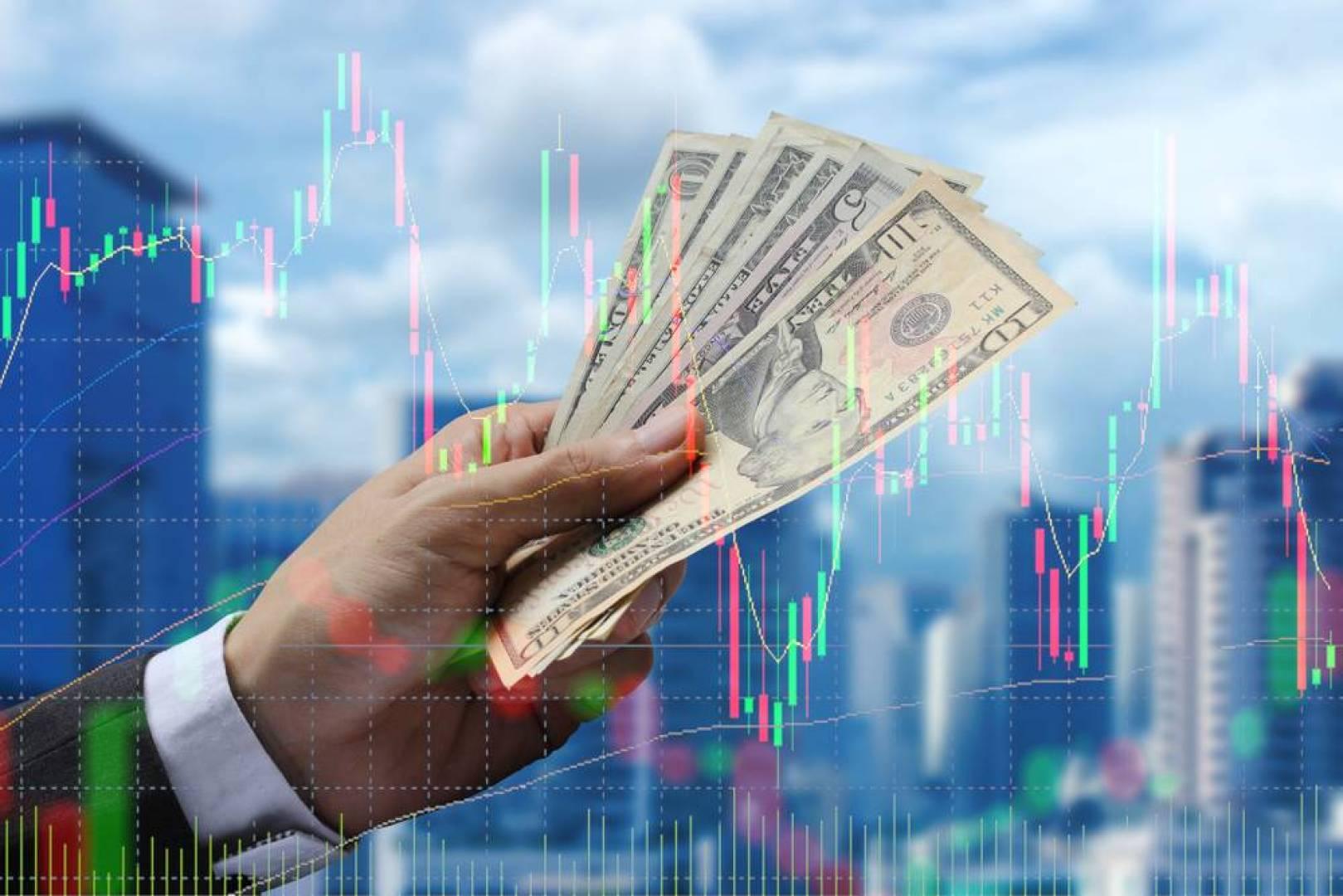 أسواق المال السعودية والخليجية تتراجع غداة الانهيار التاريخي لأسعار الخام الأميركي