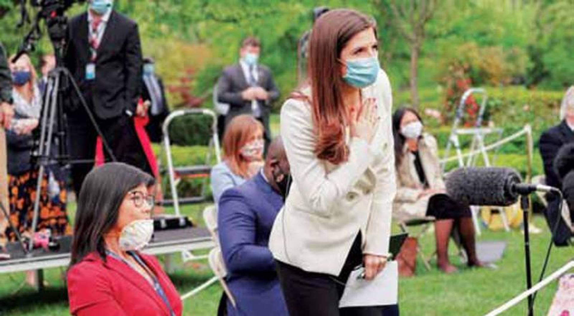 مراسلة «سي إن إن» تهم بسؤال ترامب وقربها زميلتها ويجيا جيانغ التي تعرضت لهجوم «عنصري» من