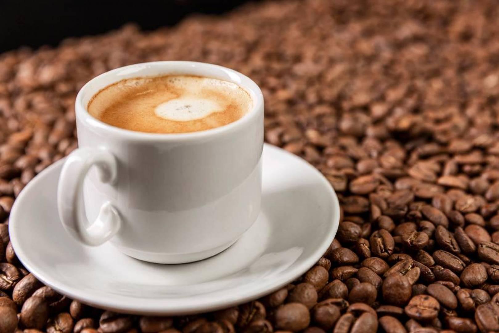 دراسة سويدية تحمل بشرى لعشاق القهوة: تطيل العمر