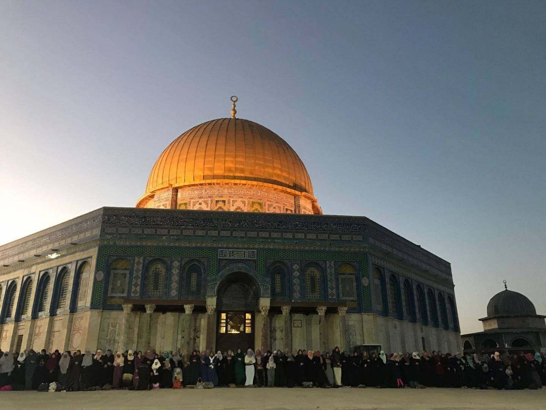 إعادة فتح «المسجد الأقصى».. فجر الأحد
