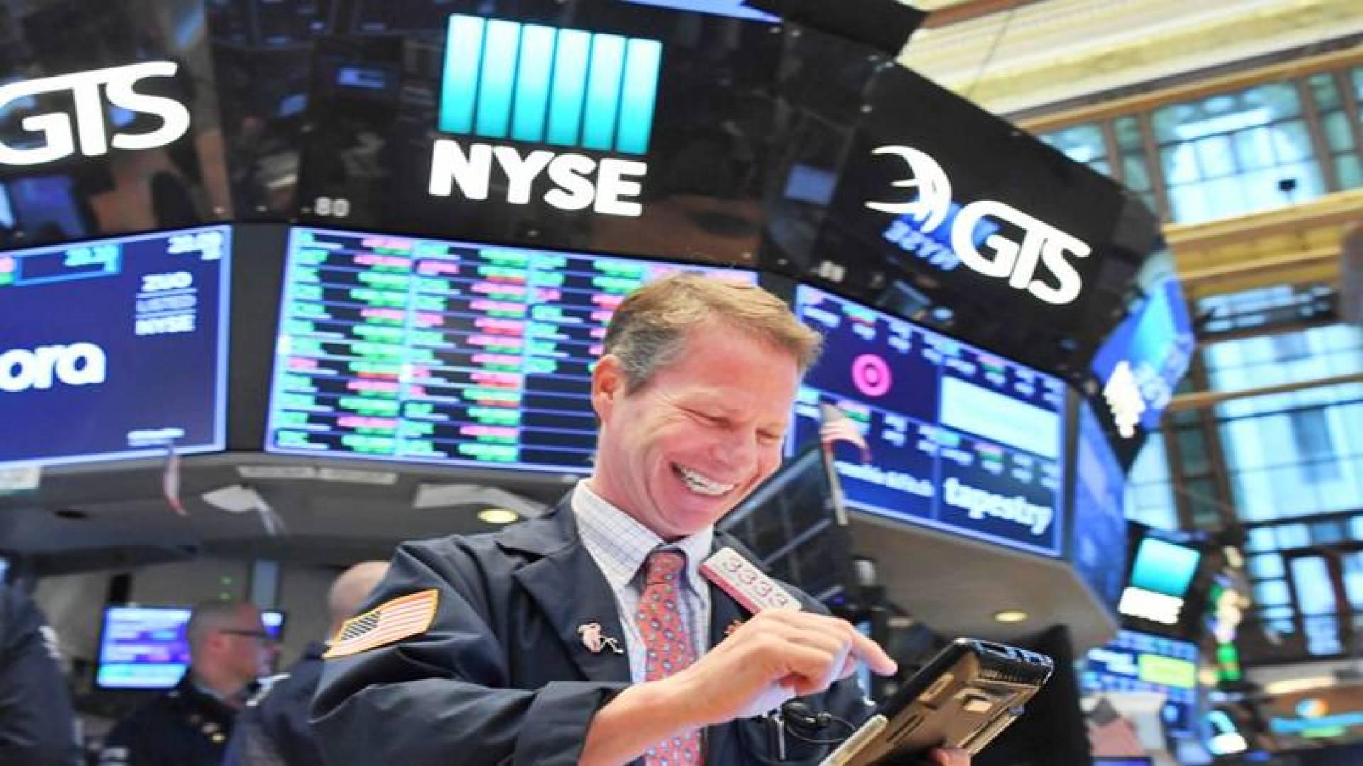 مؤشر S&P أغلق فوق مستوى 3 آلاف نقطة للمرة الأولى منذ الخامس من مارس