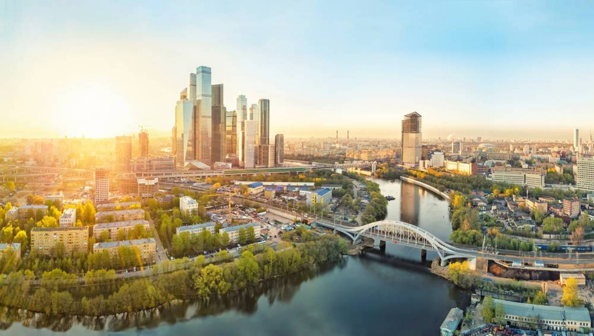 موسكو: كل قيود كورونا ستُرفع هذا الشهر