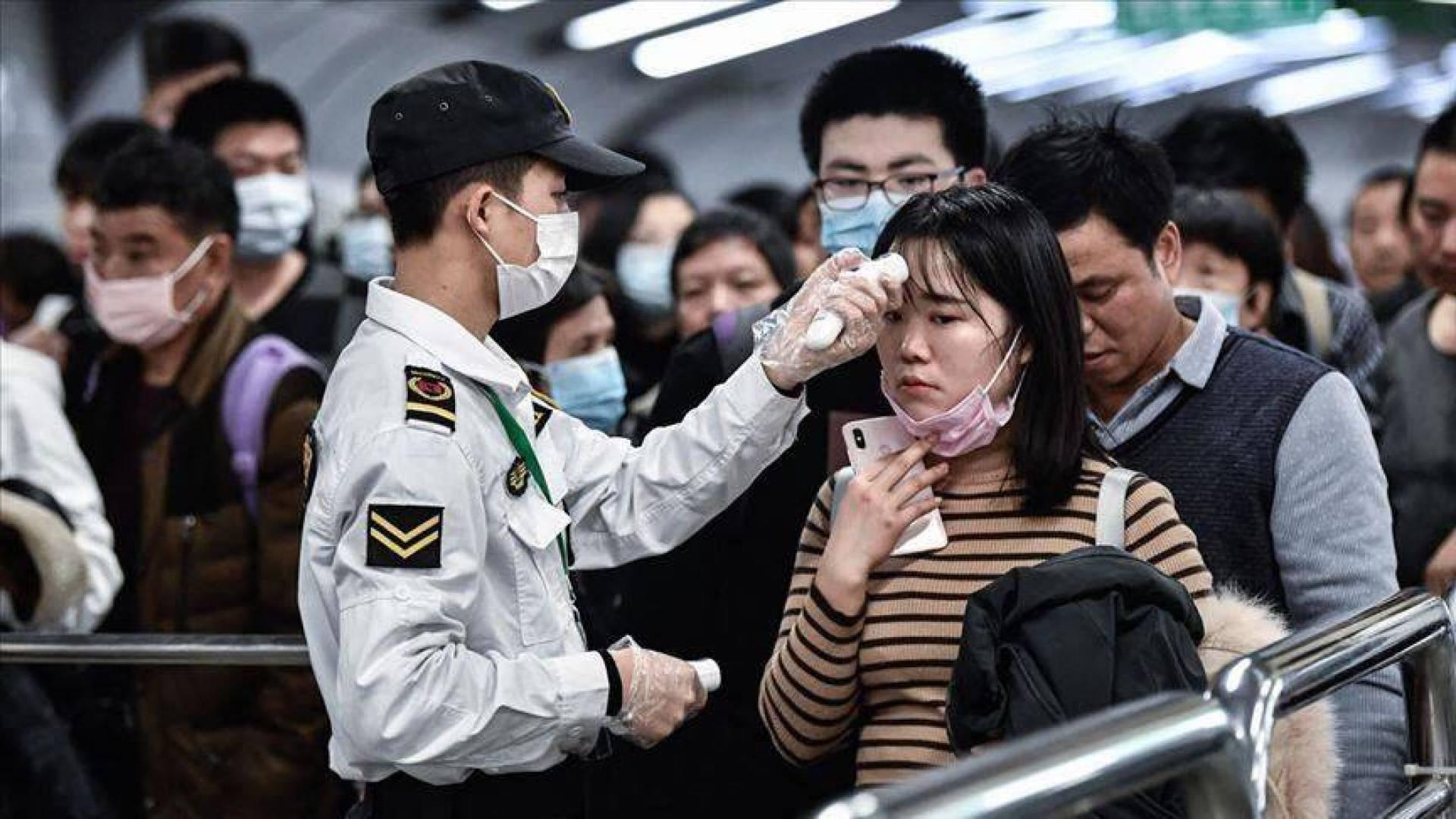 سنغافورة ستتعقب كورونا بإعطاء جهاز قابل للارتداء لجميع سكانها